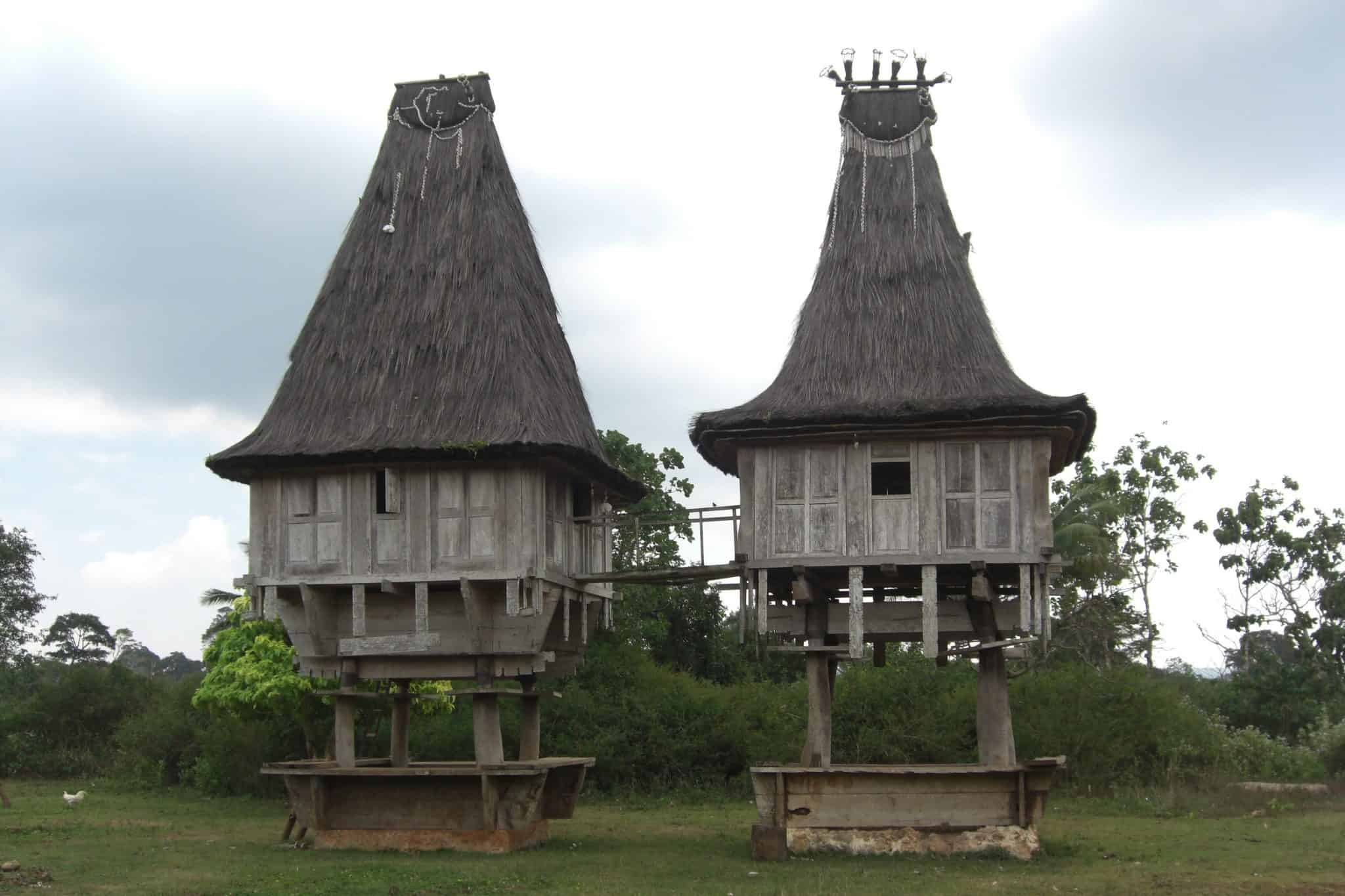 Casas t°picas de Timor-Leste